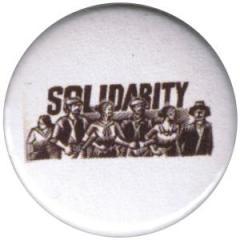 """Zum 37mm Magnet-Button """"Solidarity"""" für 2,50 € gehen."""
