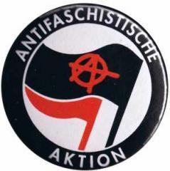 """Zum 50mm Magnet-Button """"Antifaschistische Aktion (mit A)"""" für 3,00 € gehen."""