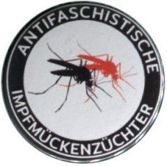 """Zum 50mm Magnet-Button """"Antifaschistische Impfmückenzüchter"""" für 3,00 € gehen."""