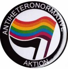 """Zum 50mm Magnet-Button """"Antiheteronormative Aktion"""" für 2,92 € gehen."""