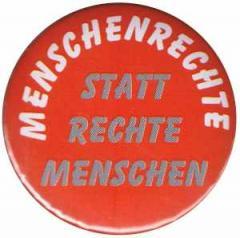"""Zum 50mm Magnet-Button """"Menschenrechte statt Rechte Menschen"""" für 2,92 € gehen."""