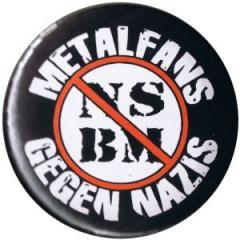 """Zum 50mm Magnet-Button """"Metalfans gegen Nazis (NSBM)"""" für 3,00 € gehen."""