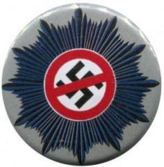 """Zum 50mm Magnet-Button """"Nazis raus aus dem Staatsapparat"""" für 3,00 € gehen."""