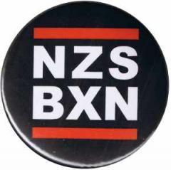 """Zum 50mm Magnet-Button """"NZS BXN"""" für 3,00 € gehen."""