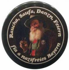 "Zum 50mm Magnet-Button ""Raucha Saufa Danzn Feiern fia a nazifreies Bayern (Bart)"" für 3,12 € gehen."