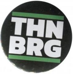 """Zum 50mm Magnet-Button """"THNBRG"""" für 3,00 € gehen."""