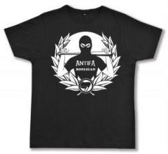 """Zum Fairtrade T-Shirt """"Antifa Hooligan"""" für 19,50 € gehen."""