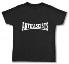 """Zum Fairtrade T-Shirt """"Antifascists"""" für 16,57 € gehen."""