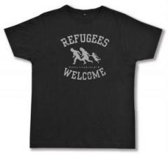 """Zum Fairtrade T-Shirt """"Refugees welcome (schwarz/grauer Druck)"""" für 17,00 € gehen."""