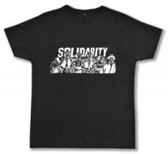 "Zum Fairtrade T-Shirt ""Solidarity"" für 17,00 € gehen."