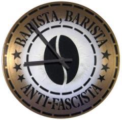 """Zur Vinyl Stencil Uhr """"Barista, Barista Anti-Fascista"""" für 39,00 € gehen."""
