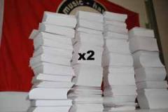 """Zum Aufkleber Druckangebot """"20.000 Aufkleber, eigenes Motiv, 7.4cm x 7.4cm"""" für 320,00 € gehen."""