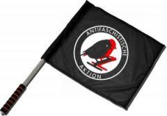 """Zum/zur  Fahne / Flagge (ca 40x35cm) """"Antifaschistische Aktion - Vögel"""" für 11,00 € gehen."""