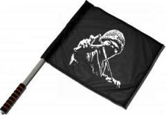 """Zum/zur  Fahne / Flagge (ca 40x35cm) """"Autonomer mit Zwille"""" für 11,00 € gehen."""