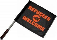"""Zum/zur  Fahne / Flagge (ca 40x35cm) """"Refugees welcome (Quer)"""" für 11,00 € gehen."""