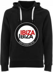 """Zum Fairtrade Pullover """"Ibiza Ibiza Antifascista (Schrift)"""" für 40,00 € gehen."""