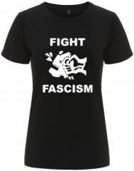 """Zum/zur  tailliertes Fairtrade T-Shirt """"Fight Fascism"""" für 17,55 € gehen."""