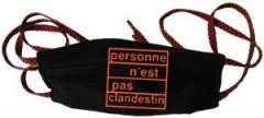 """Zur Mundmaske """"personne n´est pas clandestin (orange)"""" für 6,34 € gehen."""