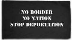 "Zur Fahne / Flagge (ca. 150x100cm) ""No Border - No Nation - Stop Deportation"" für 16,00 € gehen."