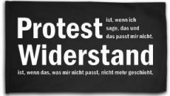 """Zur Fahne / Flagge (ca. 150x100cm) """"Protest ist, wenn ich sage, das und das passt mir nicht. Widerstand ist, wenn das, was mir nicht passt, nicht mehr geschieht."""" für 16,00 € gehen."""