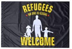"""Zur Fahne / Flagge (ca. 150x100cm) """"Refugees Welcome - schwarz"""" für 12,67 € gehen."""
