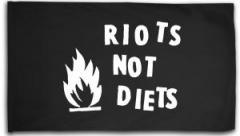"""Zur Fahne / Flagge (ca. 150x100cm) """"Riots not diets"""" für 16,00 € gehen."""