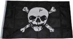 """Zur Fahne / Flagge """"Totenkopf"""" für 13,00 € gehen."""