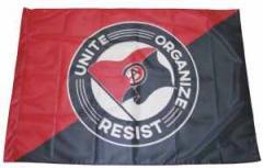 """Zur Fahne / Flagge """"Unite - Organize - Resist"""" für 13,00 € gehen."""