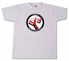 """Zum T-Shirt """"Antifa Kampfausbildung (grau)"""" für 14,62 € gehen."""