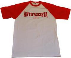 """Zum T-Shirt """"Antifascista Siempre"""" für 12,67 € gehen."""