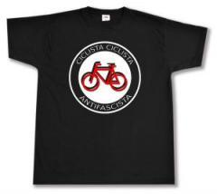 """Zum T-Shirt """"Ciclista Ciclista Antifascista"""" für 13,00 € gehen."""