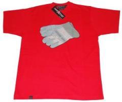 """Zum T-Shirt """"glove red"""" für 19,95 € gehen."""