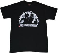 """Zum T-Shirt """"Hate a Man in a Uniform"""" für 12,00 € gehen."""