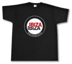 """Zum T-Shirt """"Ibiza Ibiza Antifascista (Schrift)"""" für 13,00 € gehen."""
