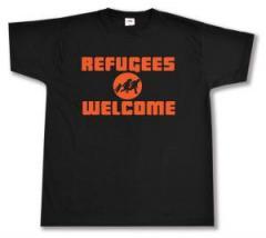 """Zum T-Shirt """"Refugees welcome (Quer)"""" für 12,67 € gehen."""