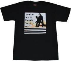 """Zum T-Shirt """"Social War"""" für 12,00 € gehen."""