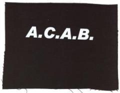 """Zum Aufnäher """"A.C.A.B."""" für 1,50 € gehen."""