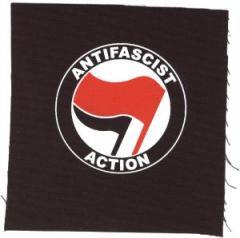 """Zum Aufnäher """"Antifascist Action (rot/schwarz)"""" für 1,50 € gehen."""