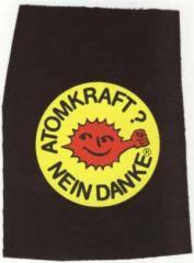 """Zum Aufnäher """"Atomkraft? Nein Danke - mit Faust"""" für 1,50 € gehen."""