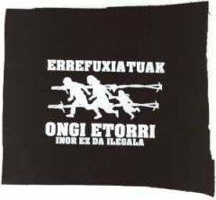 """Zum Aufnäher """"Errefuxiatuak Ongi Etorri"""" für 1,10 € gehen."""