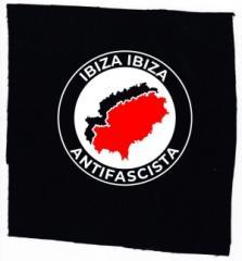 """Zum Aufnäher """"Ibiza Ibiza Antifascista"""" für 1,50 € gehen."""