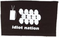 """Zum Aufnäher """"Idiot Nation"""" für 1,50 € gehen."""