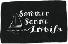"""Zum Aufnäher """"Sommer Sonne Antifa"""" für 1,10 € gehen."""