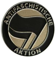"""Zum Anstecker / Pin """"Antifaschistische Aktion (schwarz/schwarz)"""" für 3,00 € gehen."""