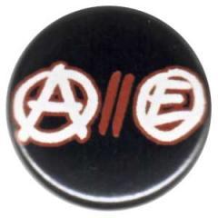 """Zum 50mm Button """"Anarchy // Equality"""" für 1,20 € gehen."""