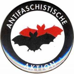 """Zum 50mm Button """"Antifaschistische Aktion (Fledermaus)"""" für 1,20 € gehen."""