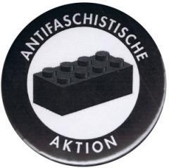 """Zum 50mm Button """"Antifaschistische Aktion - schwarzer Block"""" für 1,20 € gehen."""