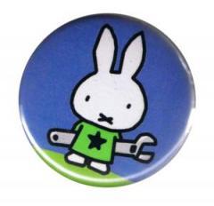 """Zum 50mm Button """"Bunny"""" für 1,17 € gehen."""