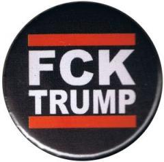 """Zum 50mm Button """"FCK TRUMP"""" für 1,20 € gehen."""