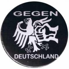 """Zum 50mm Button """"Gegen Deutschland"""" für 1,20 € gehen."""